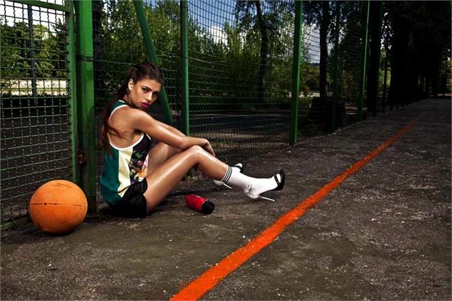 Da blogger a modella, Chiara Nasti posa per Patrizia Pepe